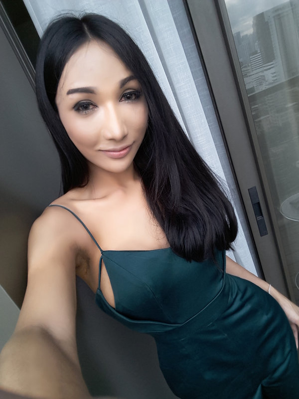 The top black singles dating chat line, Vibeline is for meeting and flirting with people who get you